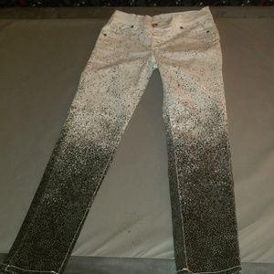 White to black poke a dots jeans